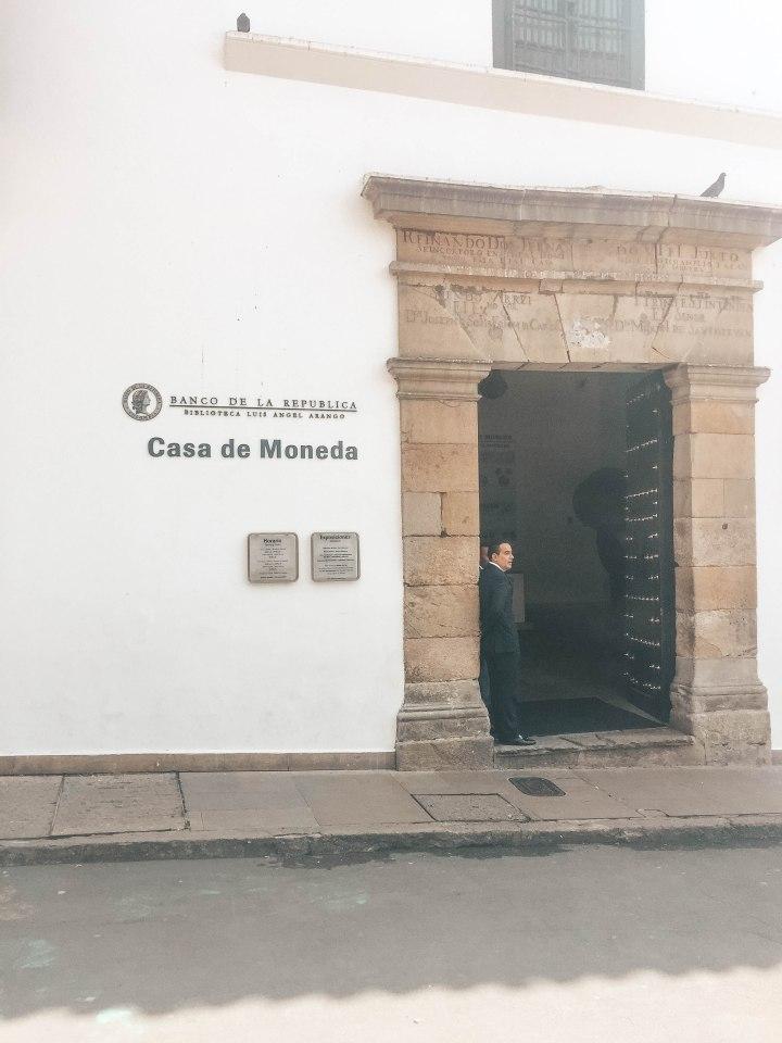 CAS DE LA MONEDA_04